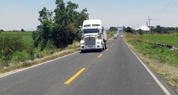 Continúa SICOM la modernización de la carretera Acámbaro-Salvatierra