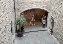 The entrance to the Picasso Museum