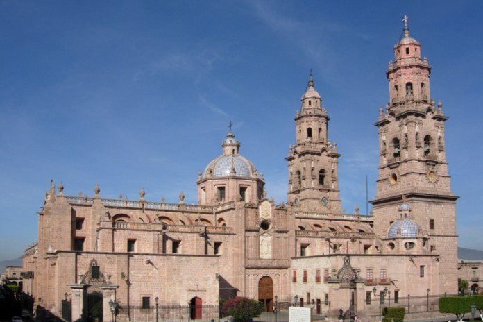 2-visit-the-cathedral