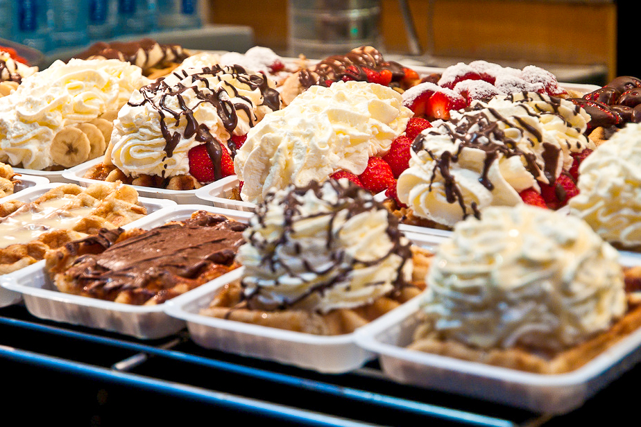 21 Spots For Waffles Chocolate Frites And Beer In Brussels