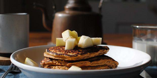 Gingerbread Protein Pancakes   BeachbodyBlog.com