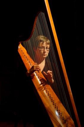 Elizabeth Motter, harp