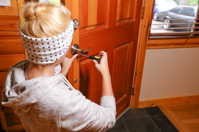 How to Replace a Broken Door Latch  DIY Door Latch  Dunn DIY