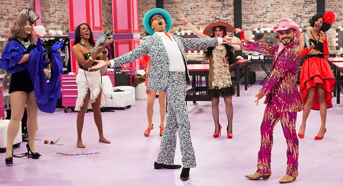 RUPAUL'S DRAG RACE, host RuPaul (center), AB Soto (front, right), 'Bitch Perfect', (Season 8, ep. 802, aired March 14, 2016). ©Logo / Courtesy: Everett Collection