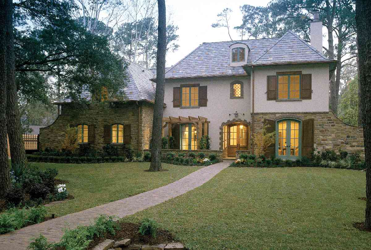 Luxurious French Chateau - 40920DB