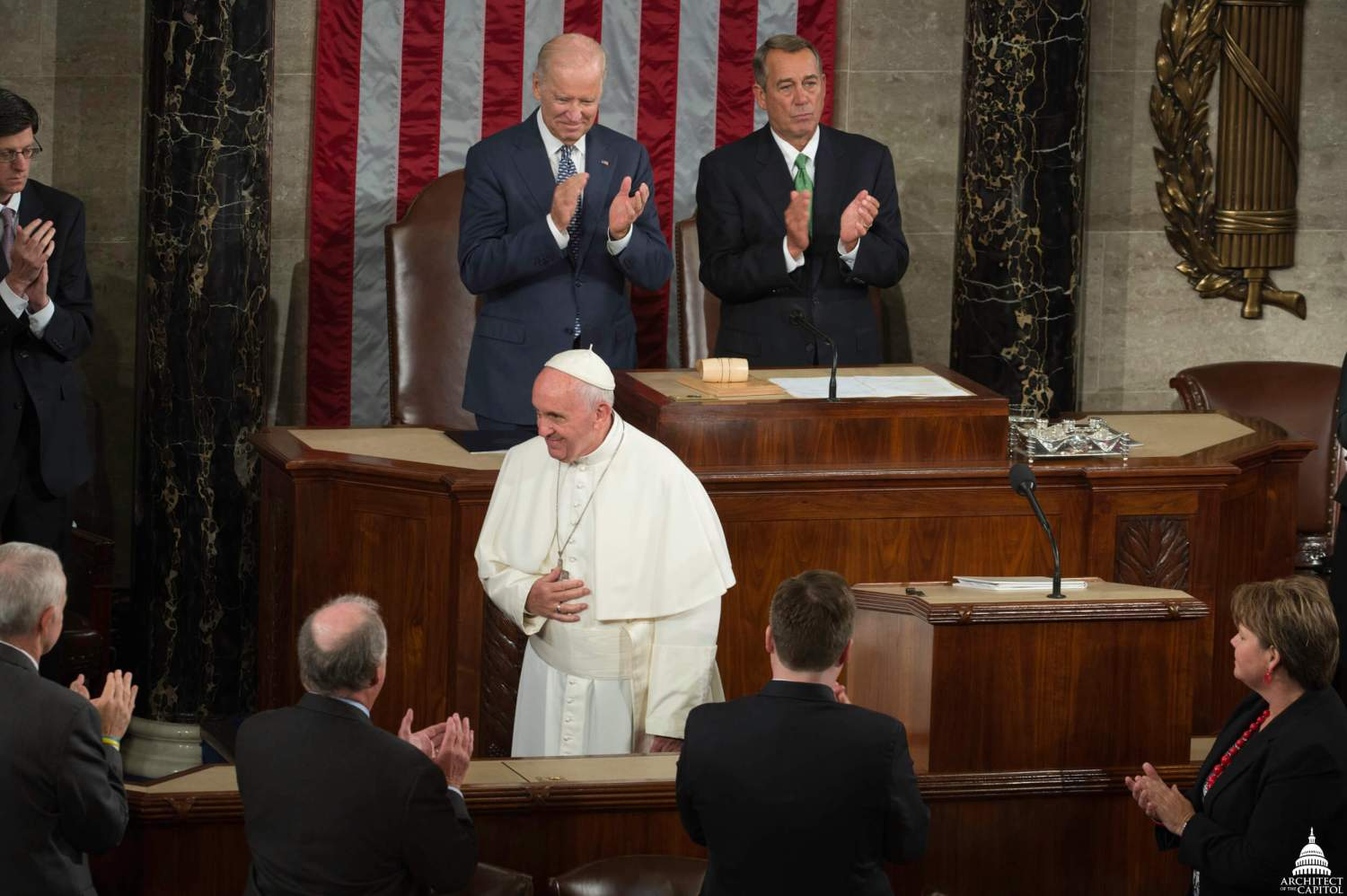 pope_francis_visits_the_united_states_capitol_22153720701