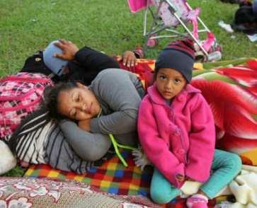 migrant-family-el-salvador-remain-in-mexico