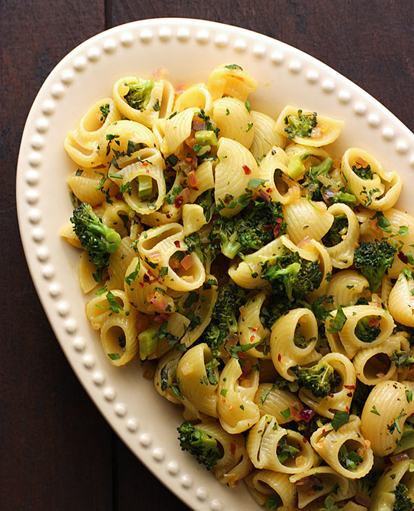 Herbed Broccoli Pasta from SoupAddict.com