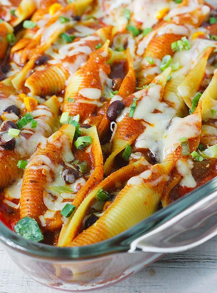 Vegetarian Enchilada Stuffed Pasta Shells from Soupaddict.com