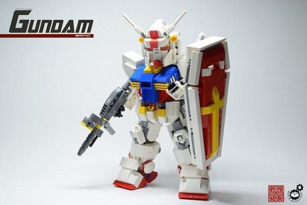 10. Gundam w Shield Front