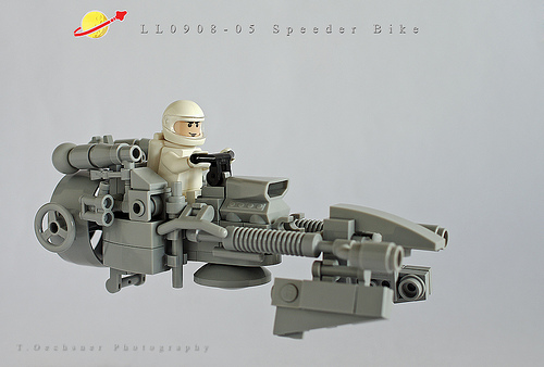 LEGO Neo-Classic Space speeder bike