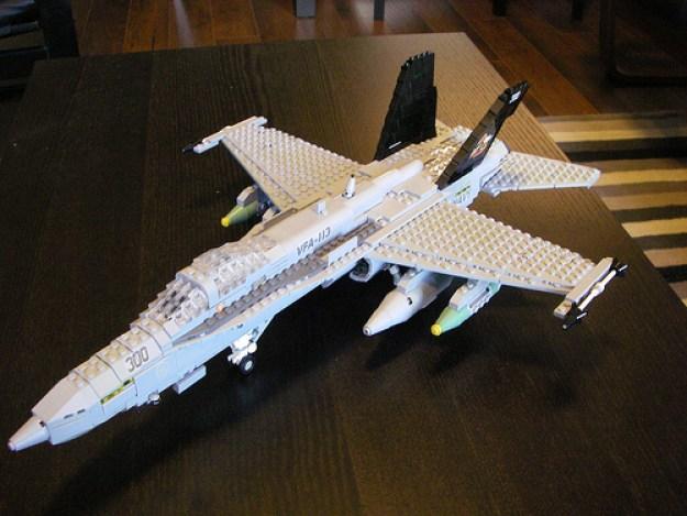 FA-18 VFA-113 009