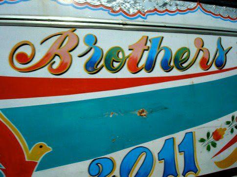 Este autobús del 2001 es operado por los Brothers. (Foto Abbie SWanson)
