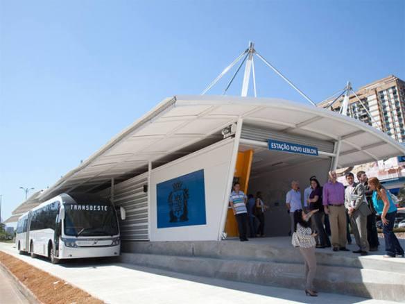 Transoeste, el primer autobús rápido en Río de Janeiro, Brasil. Foto: Mariana Gil, EMBARQ, Brasil.