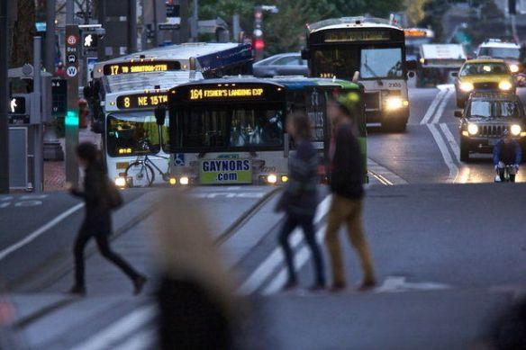 Los trabajadores de transporte en Oregon tendrán que pagar más por sus servicios médicos.