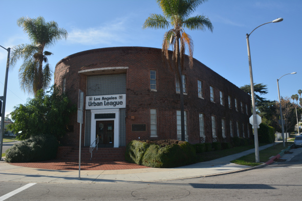 El Centro de Soluciones para Negocios está ubicado en el edificio de Urban League.