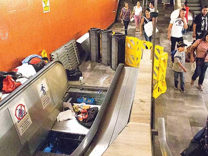Las autoridades del Metro reconocen que prácticamente todo falla. Foto: Excésior.
