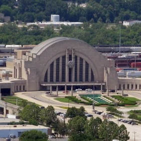 What's this? Union Terminal in Cincinnati, which opened in 1933 and is now a museum. Photo: Wikimedia Commons.