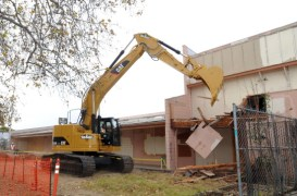 Demolition of a building at Expo and Crenshaw to make way for the Crenshaw/Expo Station staging area.