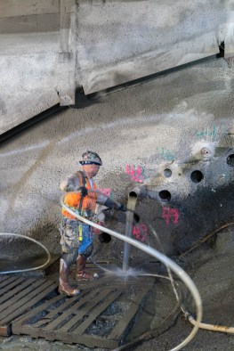 Installing canopy tubes for the crossover cavern, the first step in sequential excavation method. Photo by Ken Karagozian.