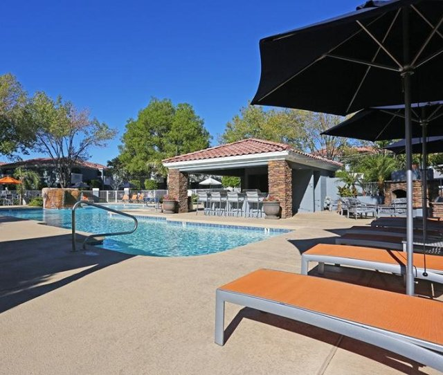 Apartments In Phoenix Az With A Swimming Pool