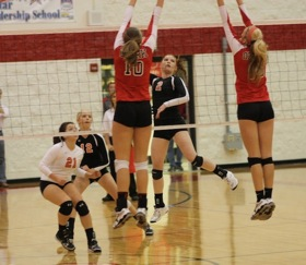Volleyball Playoffs at Ozark 26