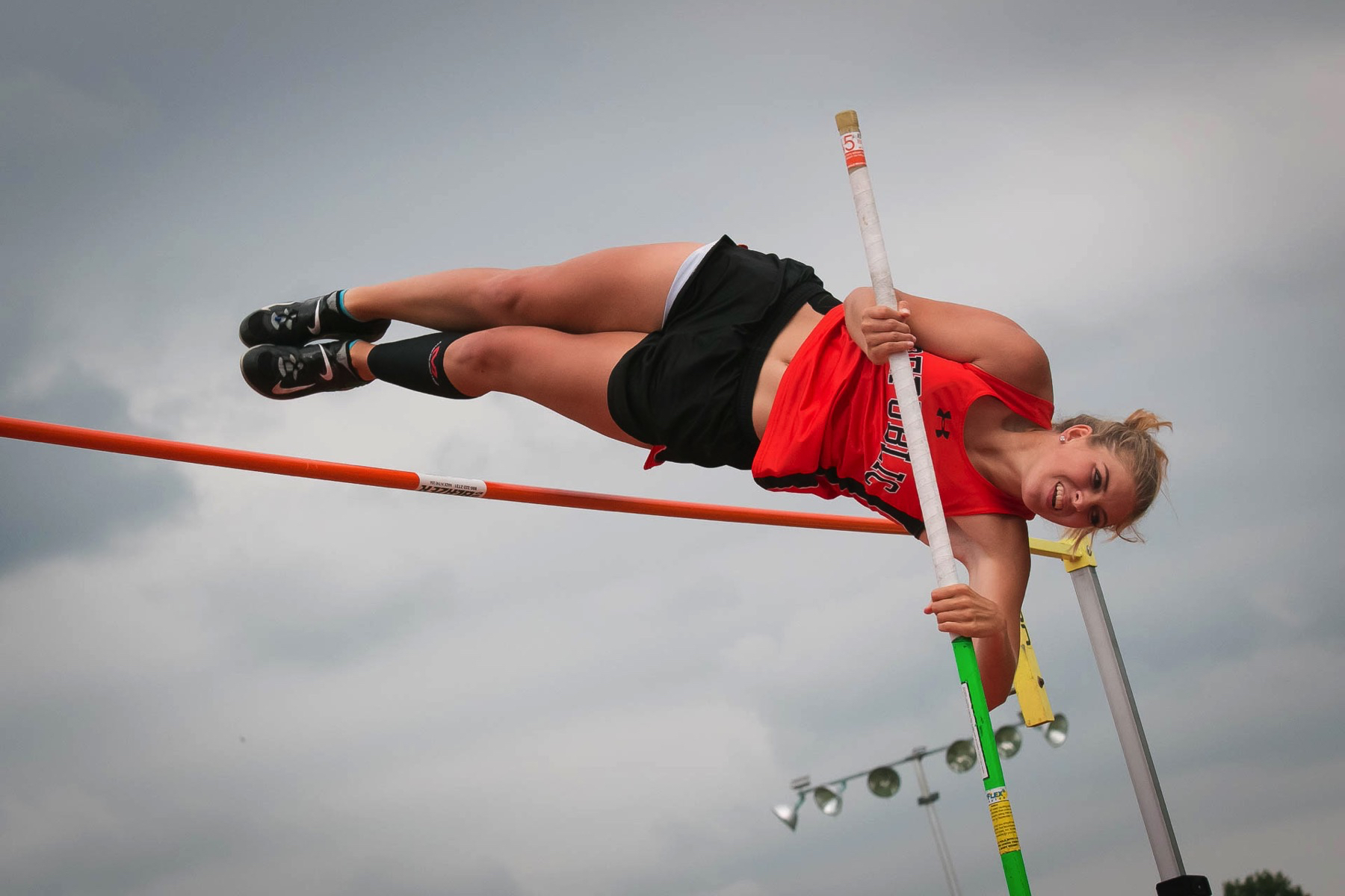 New Class, Same Champ: Lander Flies To 2nd Pole Vault Title