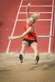 Lauren O'Hara airborne