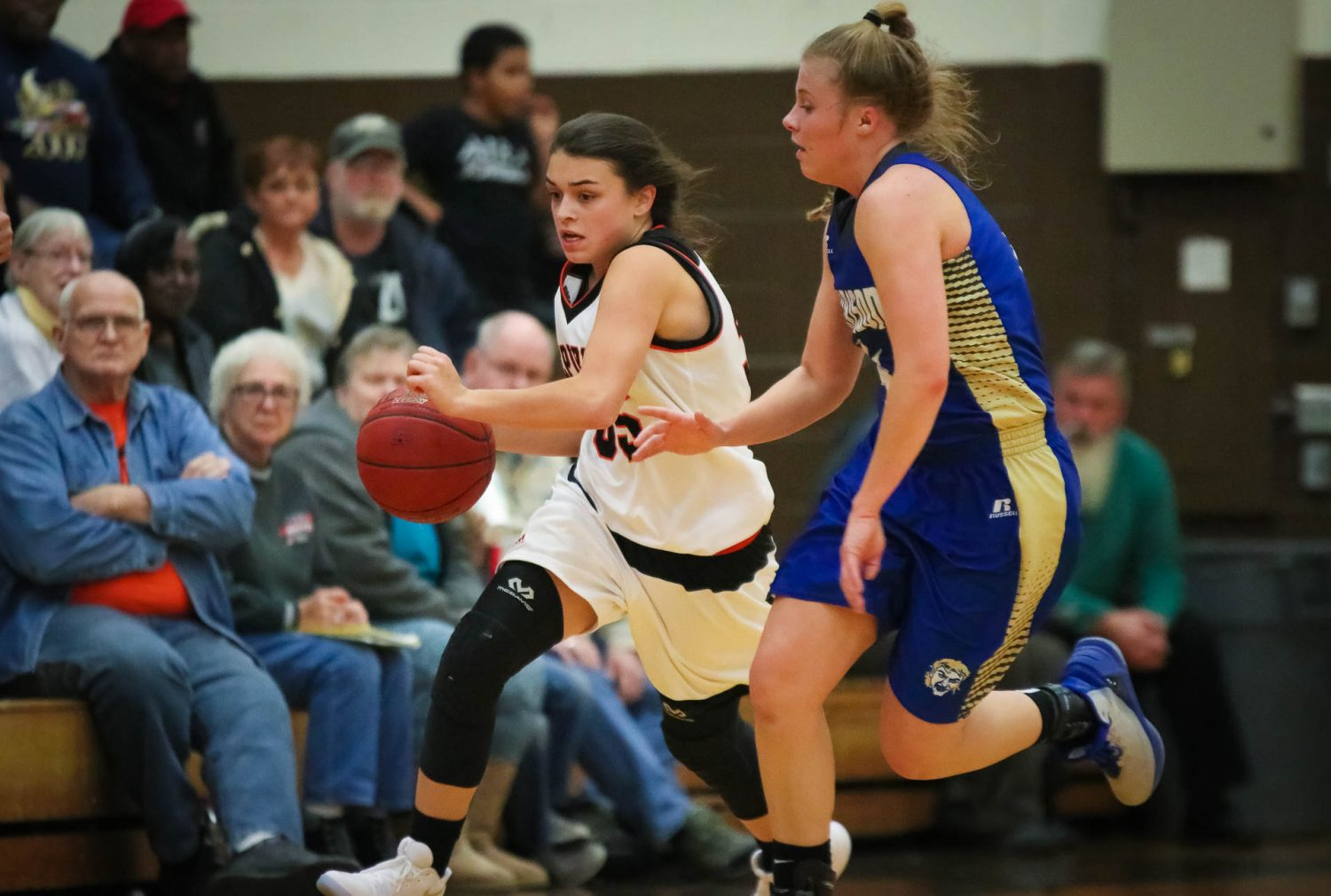 Lady Tigers Rebound To Topple Goblins