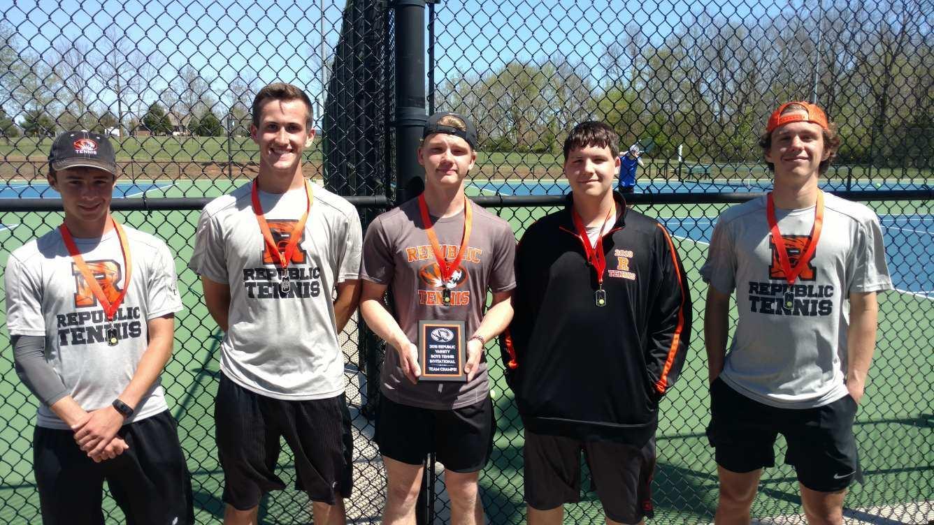 Tennis Tigers Win Home Tournament