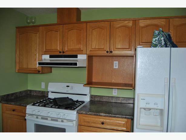 Solid Oak Kitchen Cabinets & Countertop For Sale! Campbell