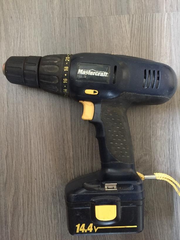 Mastercraft 14 4 V Cordless Drill East