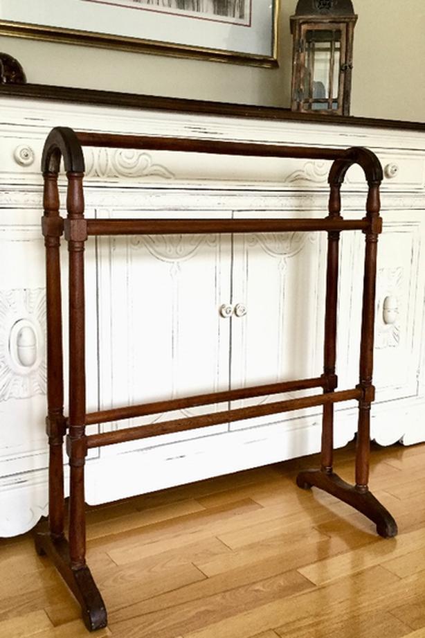 80 antique quilt rack