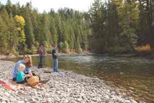 suncadia_family_river