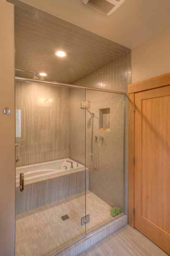 1123-Shower