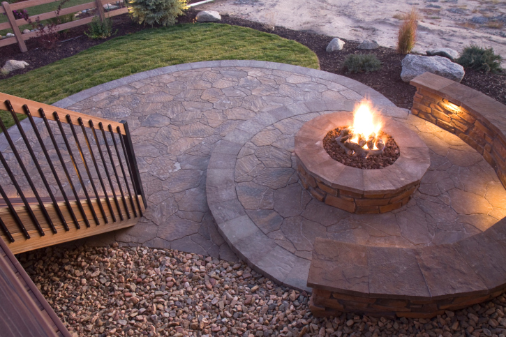 31 Patio Fireplaces Creating Outdoor Living Room Spaces on Living Room Fire Pit id=74803
