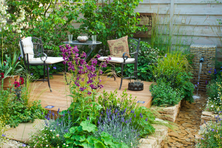 29 Serene Garden Patio Ideas and Designs (Picture Gallery) on Square Patio Designs  id=74593