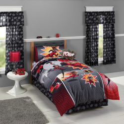 Disney / Pixar The Incredibles 2 Comforter by Jumping Beans®, Multicolor