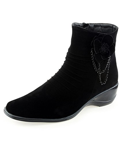 DARLING DEALS Fashionable BlackBoots