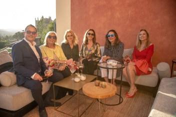 Manuel Montis, Paula Fuster, Susana Terrén, Natalia Rigo, Elena Bauza, Iina Iglesias © La Siesta Press / J. Fernández Ortega