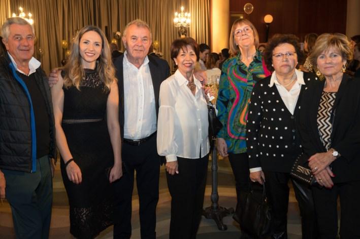 Jean Pietro , Viktoria Bielozorova, Toni Pol Mari Moreno , Montse , Magdalena Bosch y Antonia Horrach