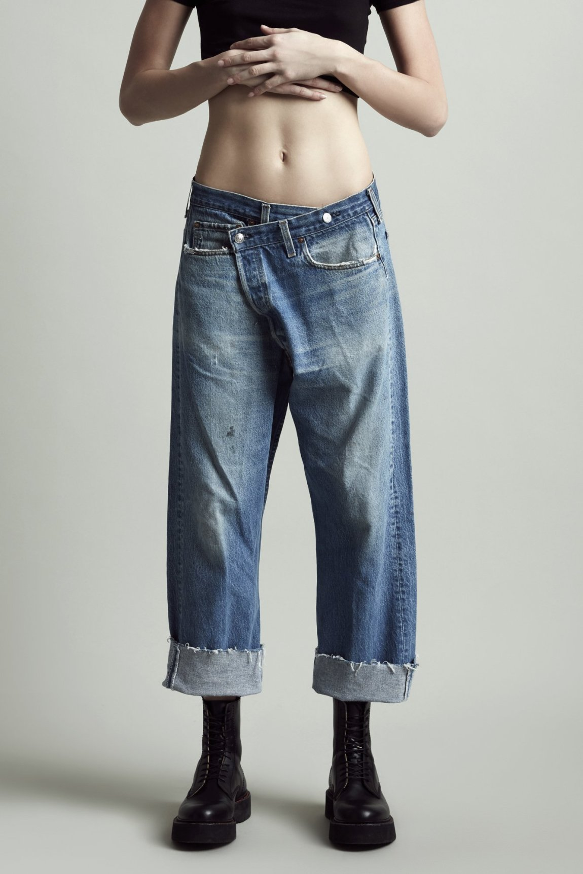 criss cross, crossover jeans, wrap jeans, boyfriend jeans, slouchy, frayed hem, R13