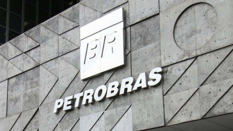 La petrolera estatal Petrobras se disparó en las operaciones previas a la apertura de mercados
