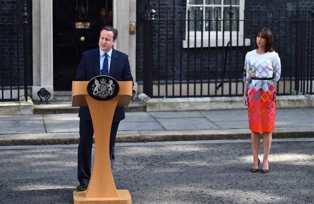 El primer ministro David Cameron presentó surenuncia el viernes después de que una mayoría del Reino Unido eligieraabandonar la Unión Europea (AFP)
