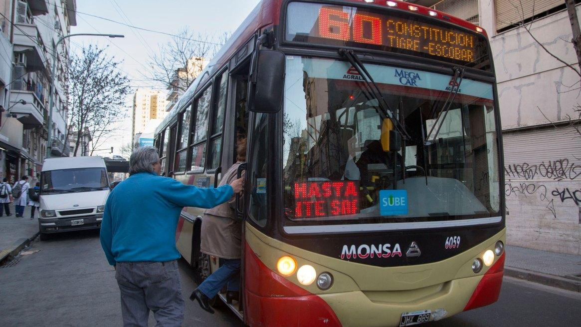 No habrá aumentos de transporte hasta fin de año (NA)