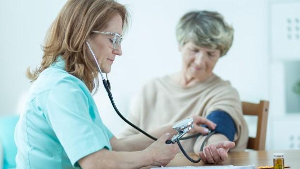 La carencia de las profesionales hace decaer la efectividad de los tratamientos y demora también la recuperación de los enfermos (iStock)