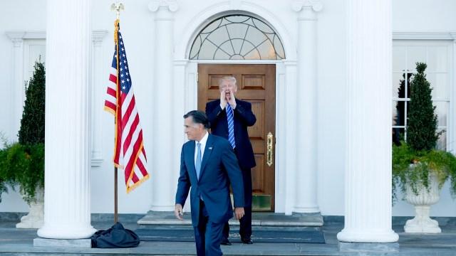 Durante la campaña previa a las elecciones presidenciales de 2016 Romney criticó fuertemente a Trump, luego electo presidente, en su reciente campaña en Utah redujo las referencias aél