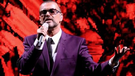 A los 53 años, el ídolo pop George Michael falleció mientras dormía en su residencia de Londres