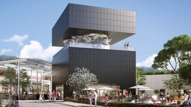 """""""Le Guetteur"""" es un edificio ubicado en la ciudad francesa de Cagnes sur Mer, en los Alpes Marítimos. Su nombre significa """"El Observador"""" y no es difícil adivinar por qué. Fue diseñado por el artista Sacha Sosno"""