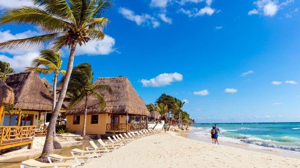 """""""El personal del gobierno de los Estados Unidos tiene permitido viajar a todas partes en Playa del Carmen"""", dice el comunicado (Istock)"""
